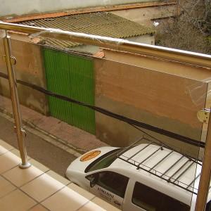acero inoxidable en barandillas para balcones