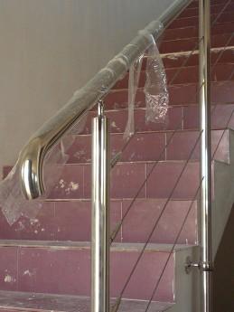 inicio pasamanos escalera de acero inoxidable