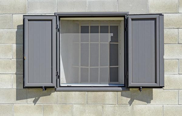 mosquitera aluminio ventana