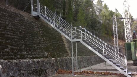 escalera exterior aluminio